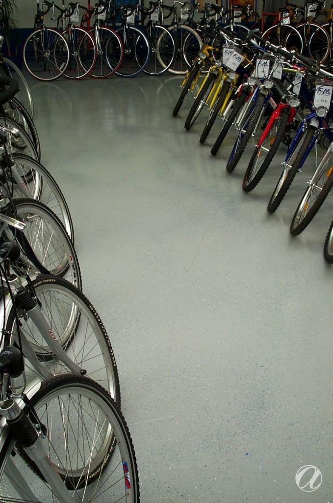 Epoxy podovi - bike shop_10