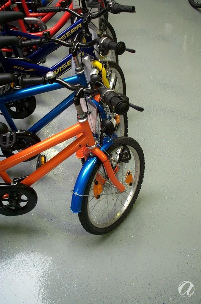 Epoxy podovi - bike shop_14