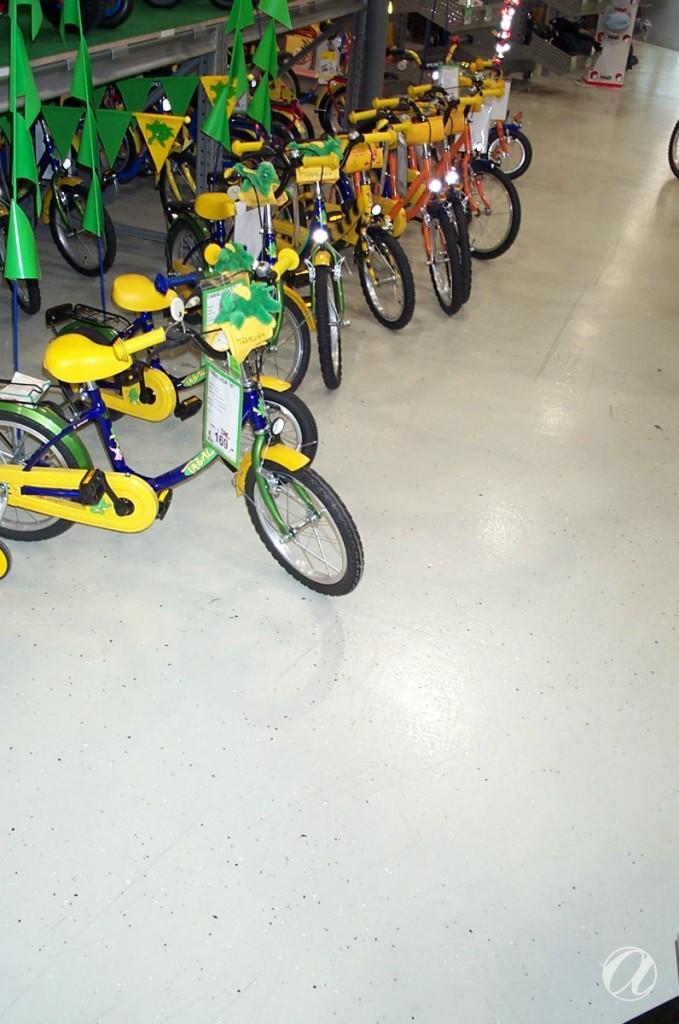 Epoxy podovi - bike shop_15