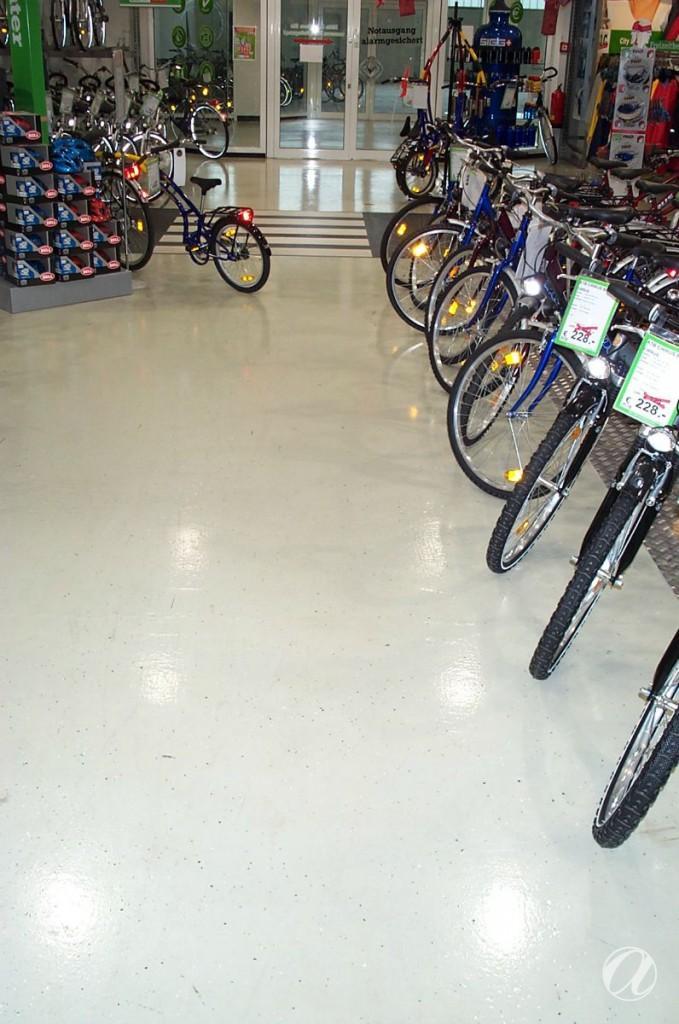 Epoxy podovi - bike shop_24