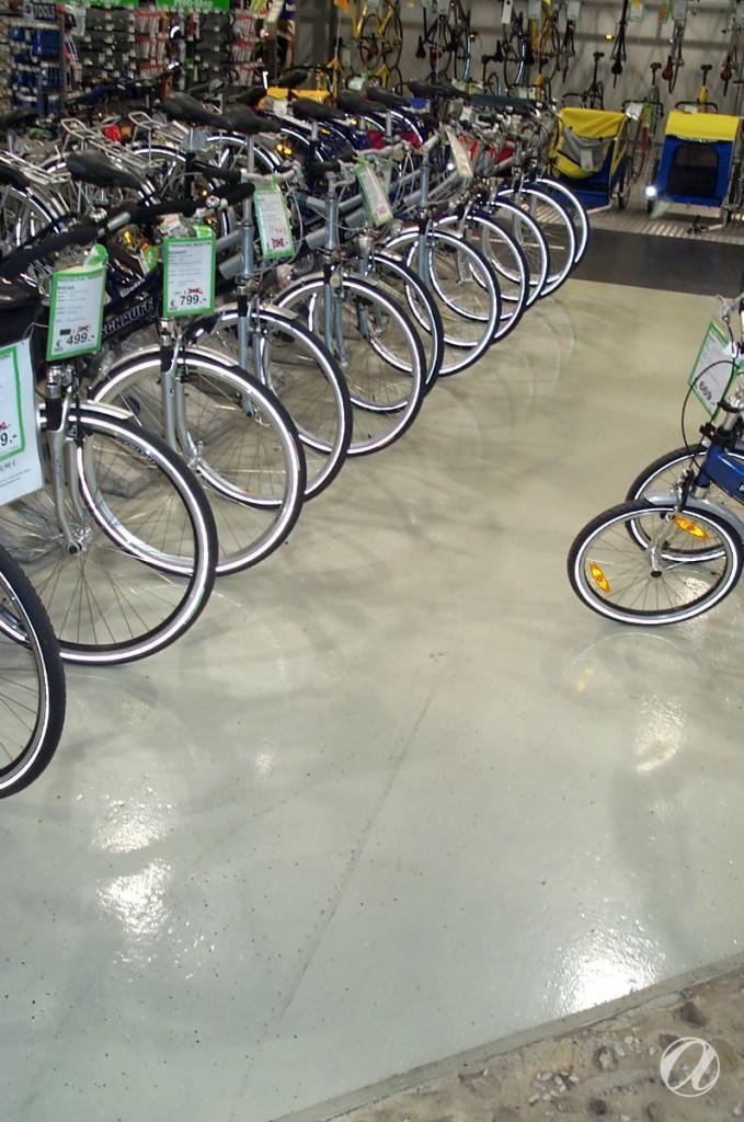 Epoxy podovi - bike shop_27