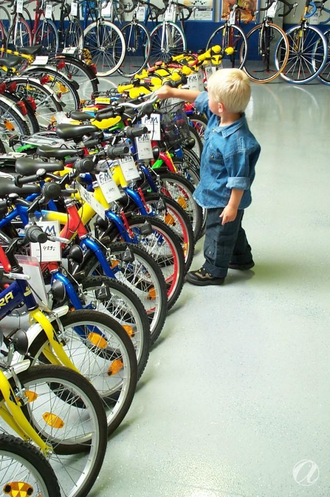 Epoxy podovi - bike shop_5